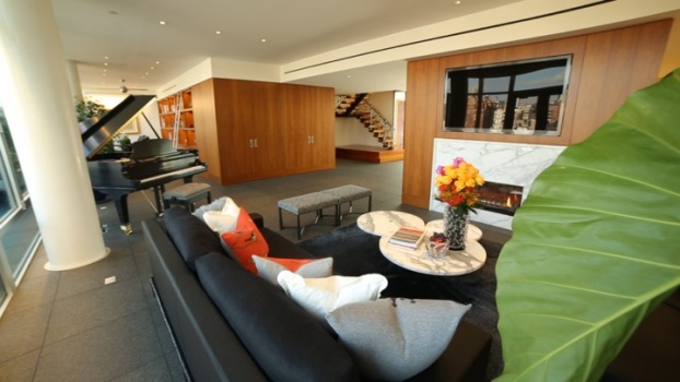 Luxury Duplex Penthouse In The Sky