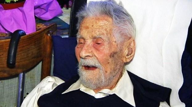 [NY] World's Oldest Man Lives on Upper West Side