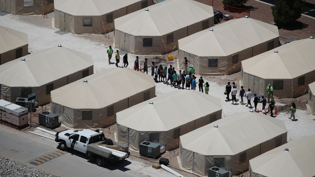 US Gov't May Have Split Up Thousands More Migrant Families