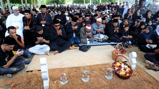 Flight MH17 Victims Return to Kuala Lumpur