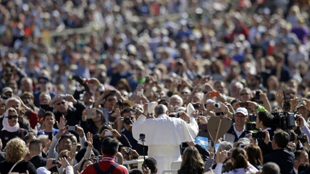 Your Chance to Volunteer for Papal Visit
