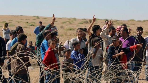 70,000 Syrian Refugees Cross Into Turkey: U.N.