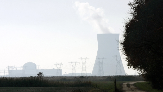 Bill to Help Rescue New Jersey Nuclear Plants Is Unveiled
