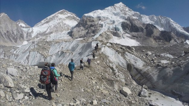 Couple Faked Everest Climb With Doctored Pics: Nepal