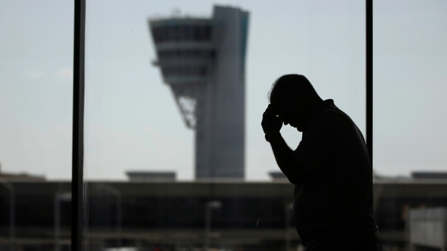 PHL Among Most Expensive, Worst Big Airports, Reports Find
