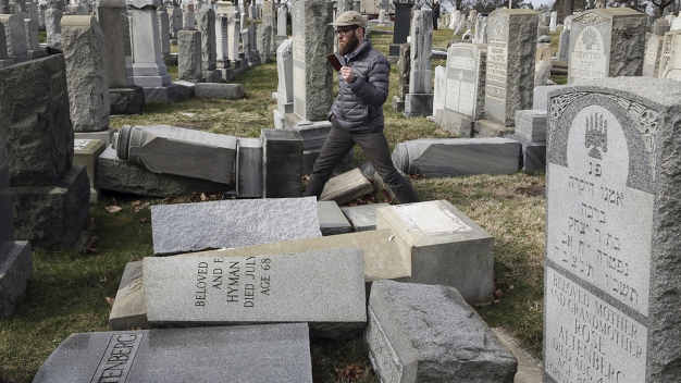 Help Coming for Vandalized Jewish Cemetery