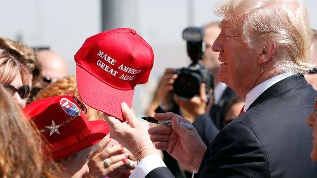 Republican Party ID Drops After Trump Election: Gallup