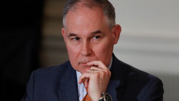 Oversight Committee Wants to Look at Pruitt's Travel Records