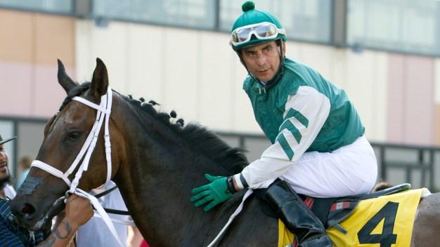 Pa. Jockey Jose Flores Dies in Racing Accident