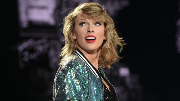 Taylor Swift Leads iHeartRadio Awards Nominations