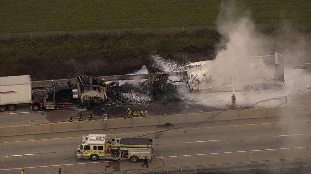 2 Die in Chain Reaction Tractor-Trailer Crash