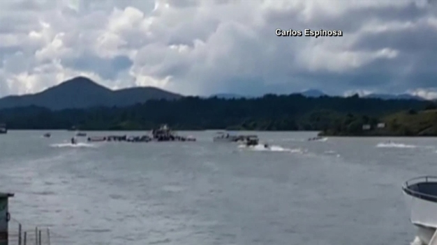 Tourist Boat Capsizes in Colombian City