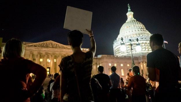 NBC10 @Issue: Gun Control Debate