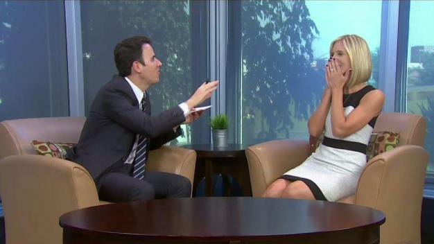 Mentalist Oz Pearlman Wows NBC10 With His Tricks
