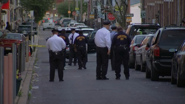1 Dead 5 Hurt In 3 Shootings During Violent Night Philly