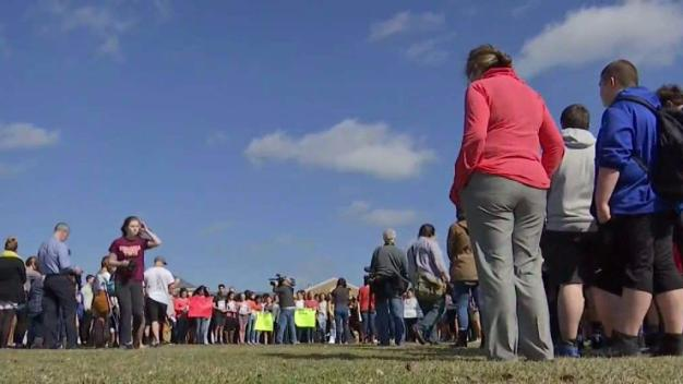 NJ School Tells Students Not to Stage Mass Shooting Walkout