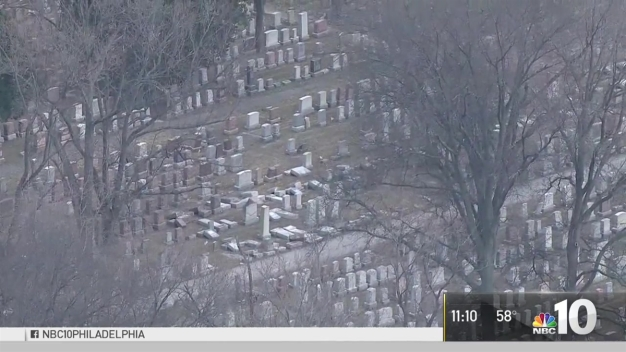 Philly Muslim Raises Money to Repair Damaged Jewish Cemetery