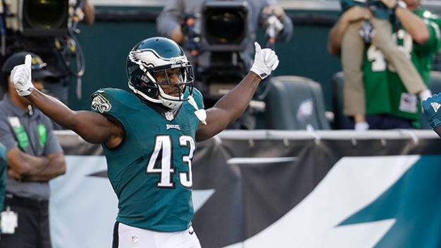 Eagle Eye: Eagles Facing a Unique Situation With Darren Sproles