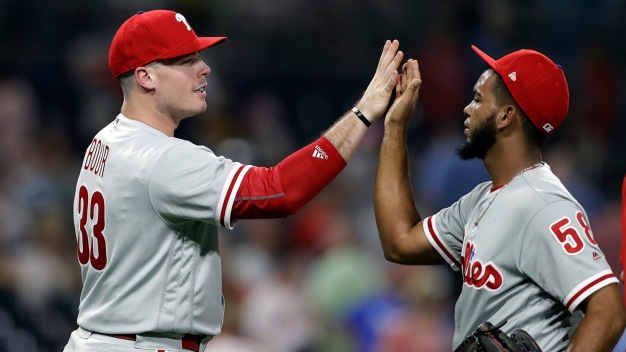 Surprising How Many NL Teams Let Justin Bour Slip to Phillies