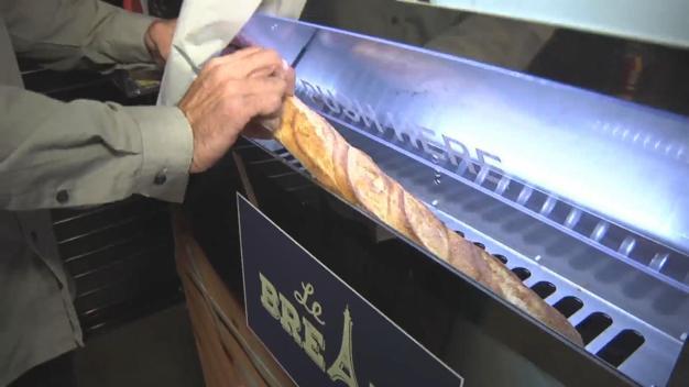 Wildest Food Crazes: Baguette Vending Machine