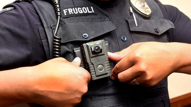 Police Focus on the Pros, Cons of Body Cameras