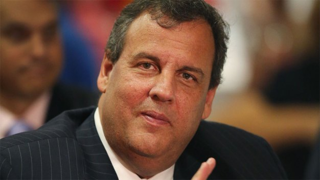 Gov. Christie Tours Camden School