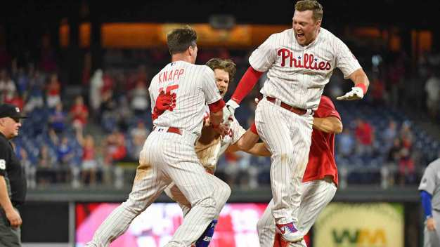 Watch: Relive the Phillies' Wild 9th Inning Against the Dodgers