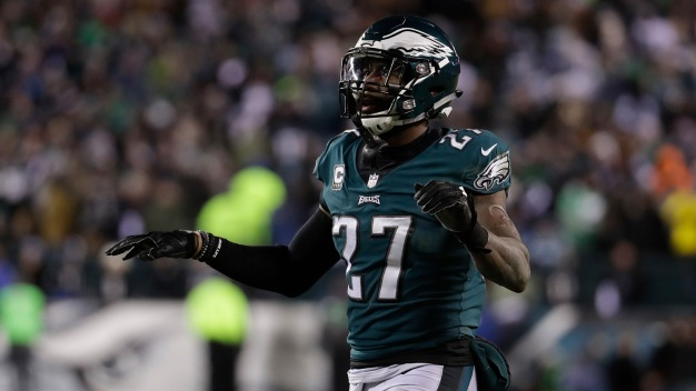Malcolm Jenkins Says Wentz Is 'Assertive' and That's What You Want