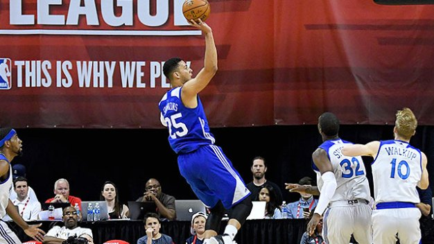 Ben Simmons Exits Sixers' Game Vs. Magic With Back Tightness