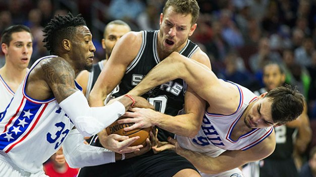 Sixers Reluctant to Include Saric, Covington in Trade