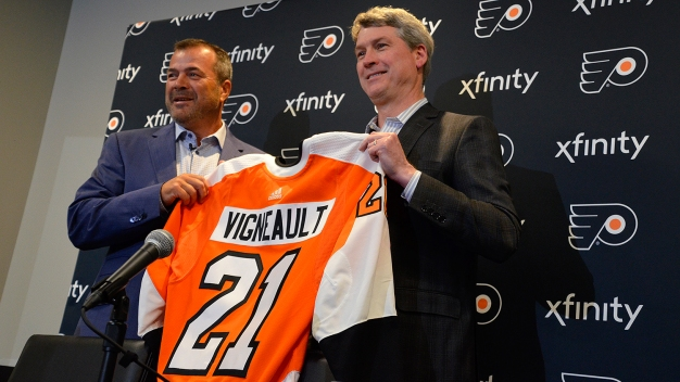 5 Takeaways From Alain Vigneault's Introduction as Flyers Head Coach