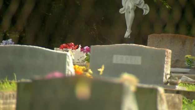 Pokemon Players Find Possible Murder Victim in Cemetery