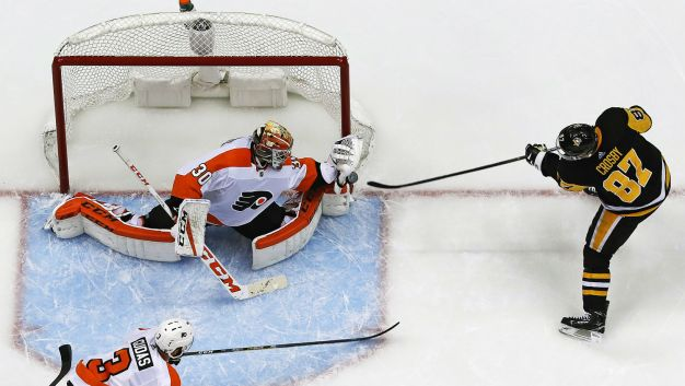 Michal Neuvirth Gives the Flyers Hope Vs. Penguins