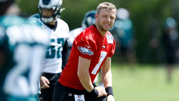 Eagles Backup Quarterback Spot Appears to Be Nate Sudfeld's to Lose
