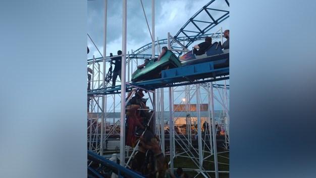 Roller Coaster Derails in Florida; 6 Injured