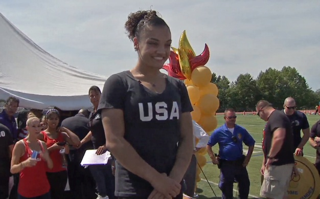 NJ Town Gives Hero's Welcome to Gymnast Laurie Hernandez}