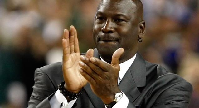 [CHI] Michael Jordan Makes Hall of Fame, Talks Trash