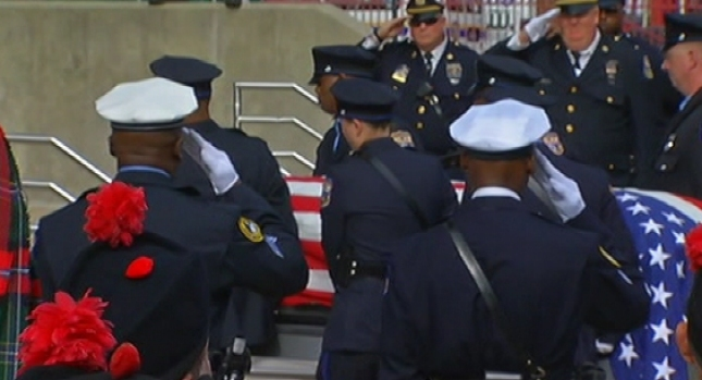 [PHI] Hundreds Remember Fallen Officer
