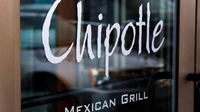 Chipotle Phases Out GMOs