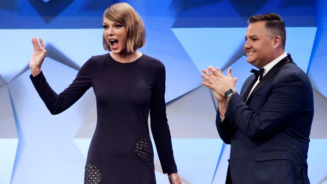 Taylor Swift Reports to Jury Duty in Nashville