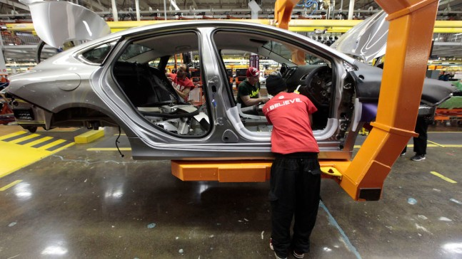 Fiat Chrysler Avoids Strike With New Tentative Contract