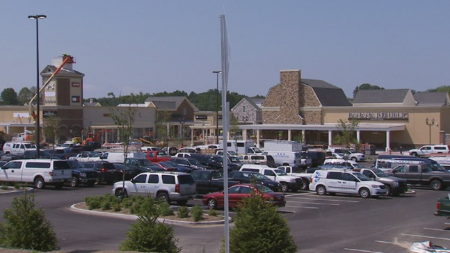 Take a Sneak Peek at the Gloucester Premium Outlets