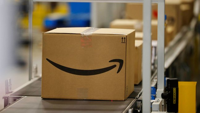 Amazon Leads Strong Holiday Sales