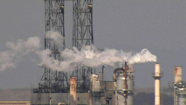 Refinery Cited for Pollution