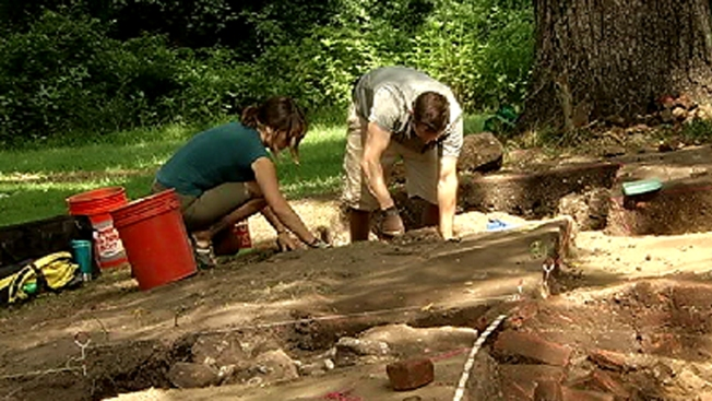 Archaeologists Uncover Slave Barracks in Maryland