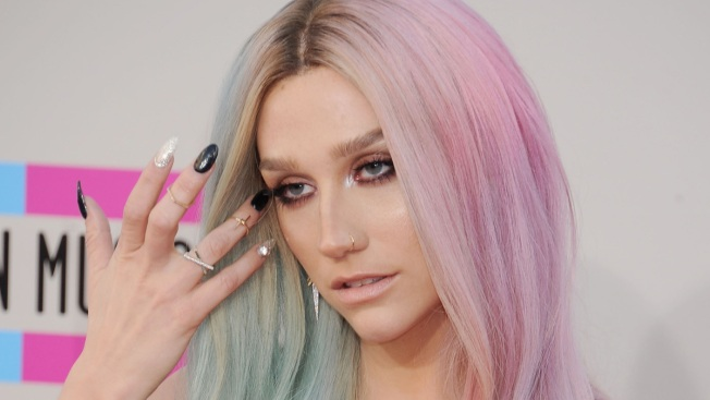 "Ke$ha Leaves Rehab in Illinois, Resurfaces in L.A. With Rainbow Hair: ""Happy to Be Back!"""