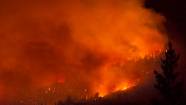 Crews Making Gains on Fires in Yosemite National Park, Sierra Foothills