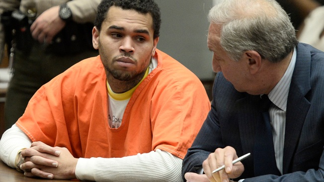 Chris Brown Admits Probation Violation, Sentenced