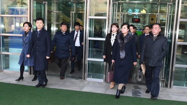 Head of Popular Girl Band Leads North Korean Team to South Korea
