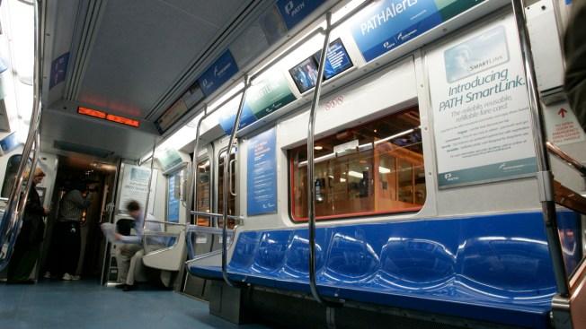 4 Hurt in New Jersey Train Derailment